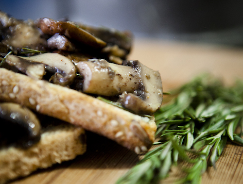 recipe-wild-mushrooms-on-toast